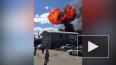 Видео: в промзоне на Челиева загорелись легковые автомоб...