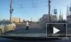 Омичка, едва не сбившая пенсионерку на переходе, попала на видео
