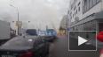 На улице Одоевского из-под земли бьет метровый фонтан
