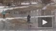 Цирк в ПТУ: студенты катаются на лыжах по лужам