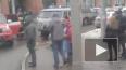 """В Саратове из-за пожара эвакуировали посетителей ТЦ """"Три..."""