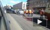 На Среднеохтинском собралась пробка из трамваев из-за мелкого ДТП на путях