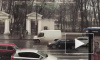 В Петербурге снег убирали более 500 спецмашин