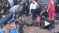 Десятки полицейских и горожан получили ранения после ...