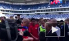 Видео: главный тренер сборной России взял у Путина автограф