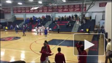 Баззер-биттер в школьной лиге по баскетболу