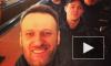 Алексей Навальный, задержанный в московском метро, обсудил с полицейскими цены на бананы