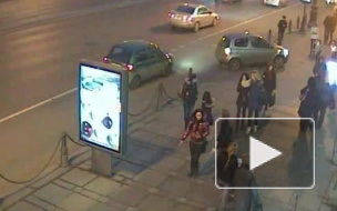 Мужчина на «Matiz» изобразил троллейбус и атаковал блондинку на «Toyota»