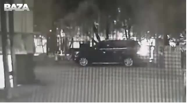 Появилось видео нападения на директора Фонда Кино с камер наблюдения