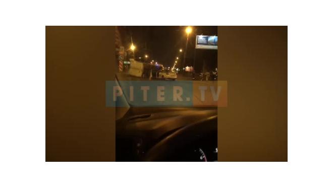 """Видео: на Яхтенной перевернулась """"Газель"""""""