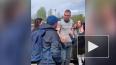 Артем Дзюба встретился с фанатами после тренировки ...