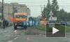 На Никольском шоссе в Ленобласти микроавтобус застрял на ж/д путях