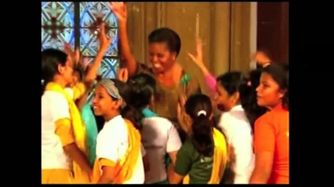 Мишель Обама станцевала в Мумбаи