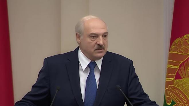 """Лукашенко назвал заявления о """"нелегитимности выборов"""" в Белоруссии мифом"""