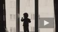 В Ленобласти двухлетняя девочка выпала из окна на ...