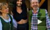 Победитель Евровидения 2014 Кончита Вурст показала миру своих родителей и чуть не сорвала премию МУЗ-ТВ