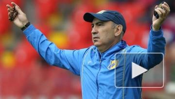 Бердыев смотрит матч с «Зенитом» в форме «Ростов»