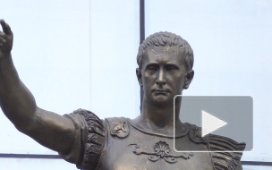 Viva VVP: петербуржцы спорят, похожа ли статуя на Петроградке на Путина