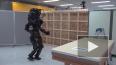 Японцы научили робота-гуманоида обшивать стены гипсокарт...