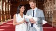 Принц Гарри и Меган Маркл показали новорожденного ...