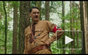 """Режиссер """"Тора 3"""" стал Гитлером в своем новом фильме"""