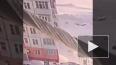 Видео: В Излучинске девушка выпала с 9 этажа, встала ...