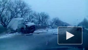 В сети появились первые видео с места смертельного ДТП в Югре