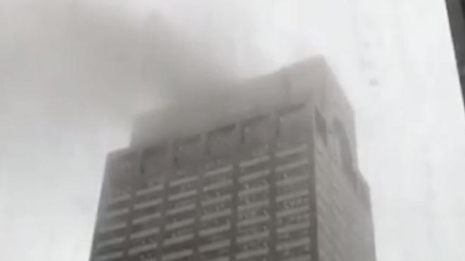 В центреНью-Йорка упал вертолёт: есть погибшие
