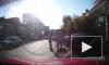 Видео: в Омске пятеро пьяных мужчин жестоко избили похитителя собаки после долгой погони