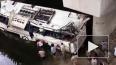 Видео из Индии: Автобус с пассажирами упал с высоты, ...