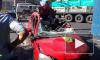 Смертельное ДТП на проспекте Ветеранов: Opel Corsa влетел в припаркованный грузовик