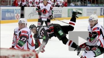 В Екатеринбурге «Автомобилист» на домашнем льду проиграл челябинскому «Трактору» 1:2