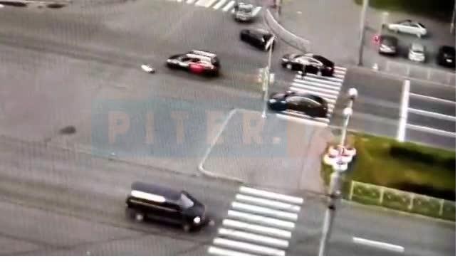 Женщина попала в больницу после ДТП с Opel на Светлановском проспекте