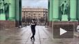Фанат Кадырова станцевал лезгинку под Нарвскими воротами