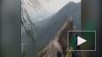Леденящее сердце видео из Китая: мужчина сорвался ...