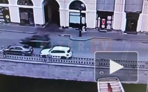 Речной трамвайчик повредил несколько судов на канале Грибоедова