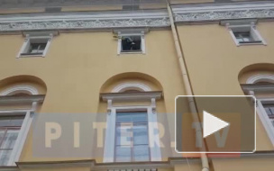 Видео: в Петербурге проходит уличный фестиваль театров