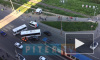 На Дыбенко столкнулись автобус и внедорожник: собралась страшная пробка