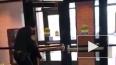 Видео из США: Агрессивная белка атаковала полицейский ...