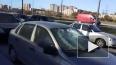 Неизвестный побил стекла десятку машин на пересечении ...