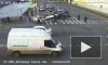 Момент наезда на пешеходов на пересечении Лермонтовского и Обводного канала попал на видео