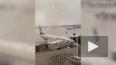В сети появилось видео, где торнадо в Турции перевернуло ...