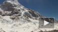 Под снежной лавиной на Эвересте погибли шесть человек