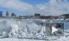 Фото и видео замерзшего Ниагарского водопада стало хитом интернета