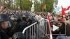 """""""Марш миллионов"""" в Москве: пострадали десятки полицейских ..."""
