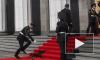 Солдат, который упал на инаугурации Порошенко, чувствует себя хорошо
