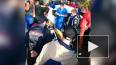 На ралли в Сестрорецке гоночный автомобиль врезался ...