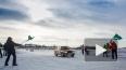 Автомобили станцуют парами под музыку в зимней Карелии