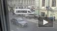 На Казанской маршрутка и седан протаранили жилой дом нап...