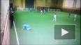 Детский тренер жестоко избил юного футболиста (видео)
